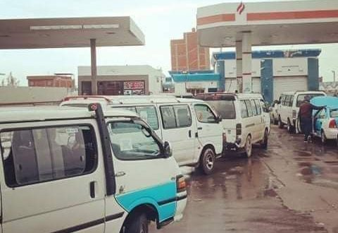 """شكاوى من تكدس وزحام السيارات بمحطة تموين الغاز على طريق"""" دمياط - شطا """""""