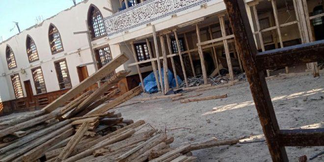 بالصور : بالجهود الذاتية أهالى فارسكور يعيدون بناء مسجد الجبانة.