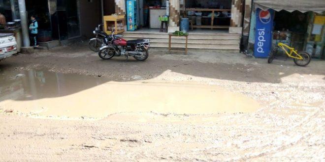 استياء بكفر البطيخ بسبب غرق الشوارع بمياه الأمطار