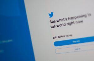 #تويتر تستتعد لاطلاق خدمة غرف الدردشة الصوتية